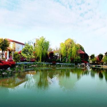 太阳湖大花园
